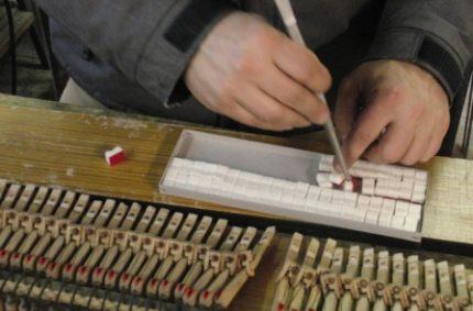 Riparazione pianoforte